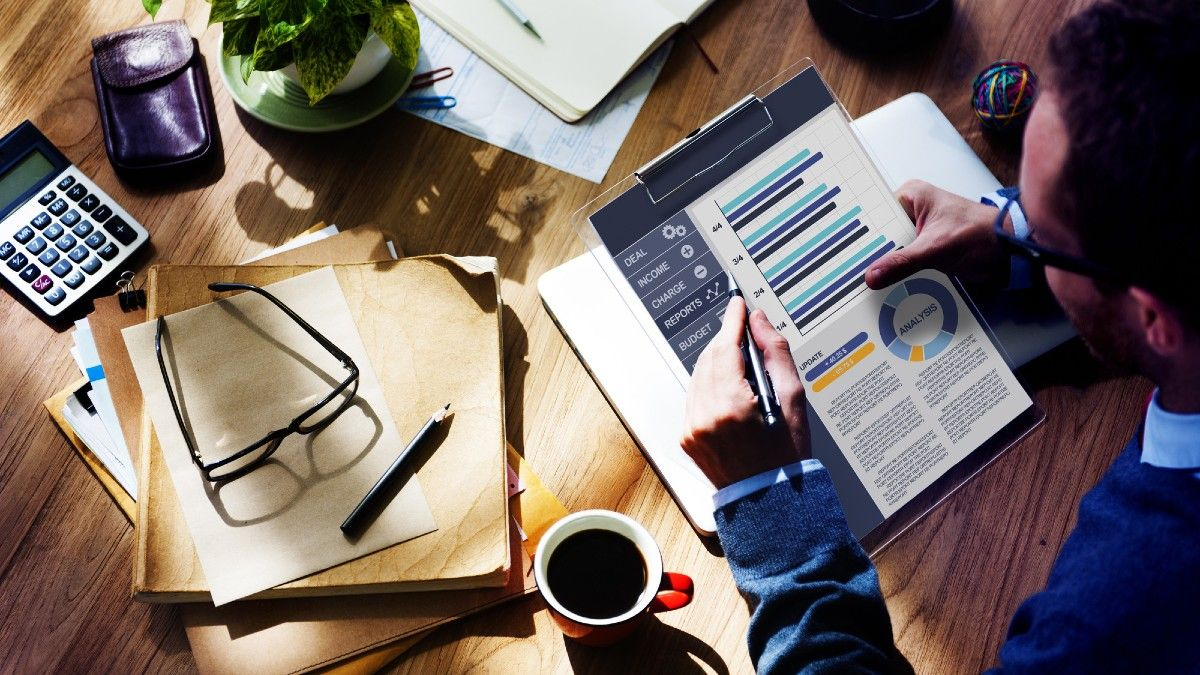 5 THINGS YOU SHOULD CONSIDER DOING WITH YOUR SMALL BUSINESS PROFITS